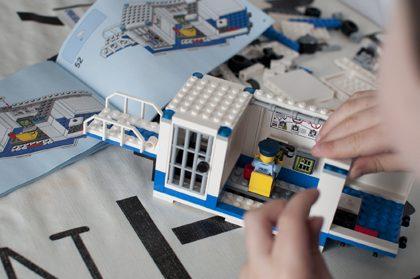 LEGOcity60139_CentroControlMovil_PoliciaIMG3